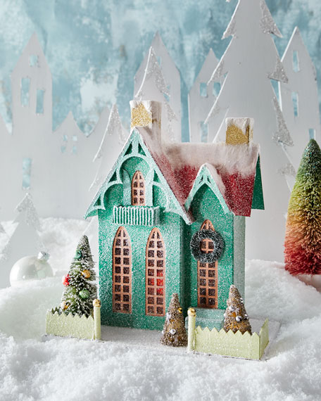 Green Cottage Holiday Decor