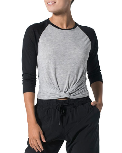 Do and Don'ts Twisted Front 3/4-Sleeve Top