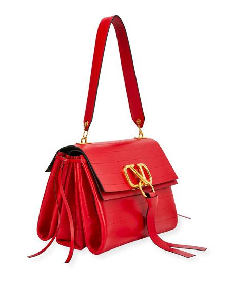 V-Ring Medium Shoulder Bag