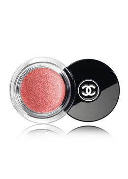 CHANEL <b>ILLUSION D'OMBRE </b><br>Long Wear Luminous Eyeshadow