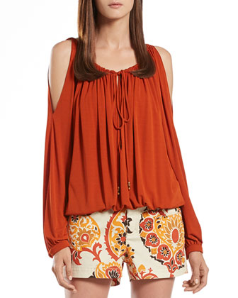 Jersey Cold Shoulder Top & 5-Pocket Paisley Denim Shorts