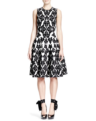 Sleeveless Fit-and-Flare Ivy-Pattern Dress, Vanilla/Black