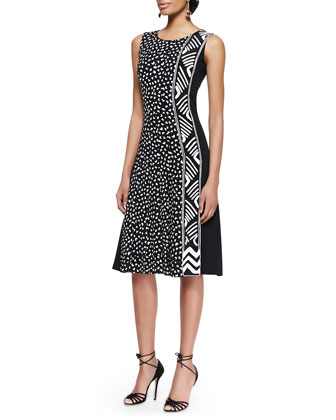 Sleeveless Heart-Print Dress With Pleats