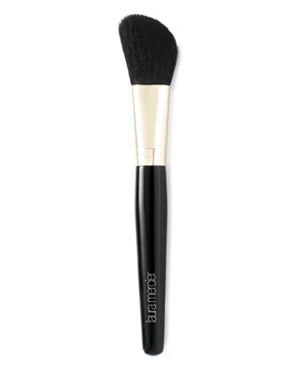 Angled Cheek Contour Brush