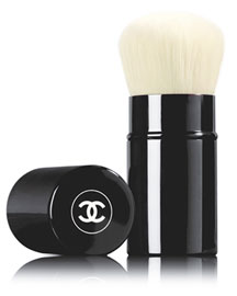 RETRACTABLE KABUKI BRUSH Retractable Kabuki Brush - Limited Edition