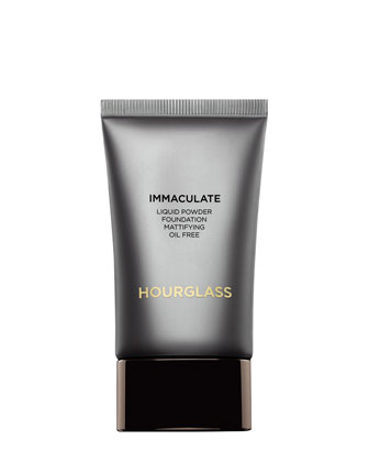 Immaculate Liquid Powder Foundation, Porcelain
