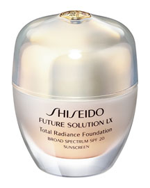 Future Solution Lx Total Radiance Foundation SPF 20, 30 mL