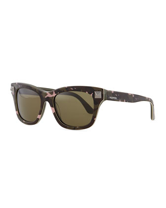 Camo Resin Sunglasses with Rockstud Temple, Poudre (Powder Pink)