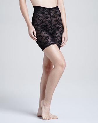 Glam Stretch-Lace Shaper Shorts, Black