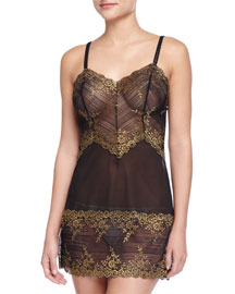 Embrace Lace Chemise, Black/Gold