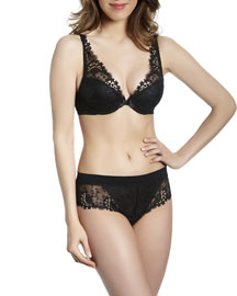 Wish Triangle Contour Bra, Black