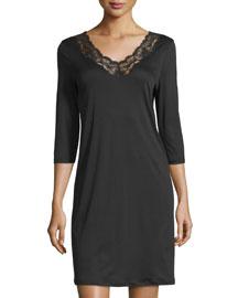 Valencia Short-Sleeve Basic Gown