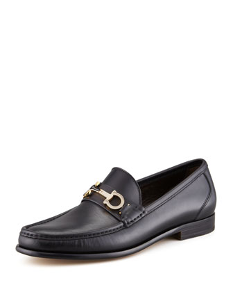 Twirl Rotating Bit Leather Loafer, Black
