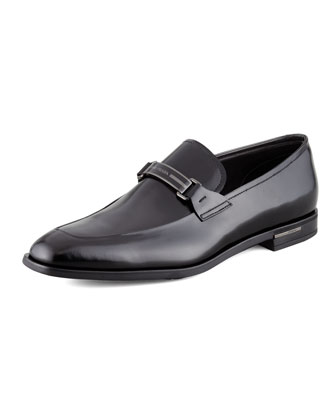 Leather Logo Plate Loafer, Black