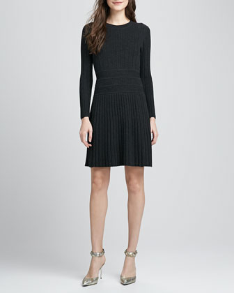 Chloh Ribbed Knit Dress