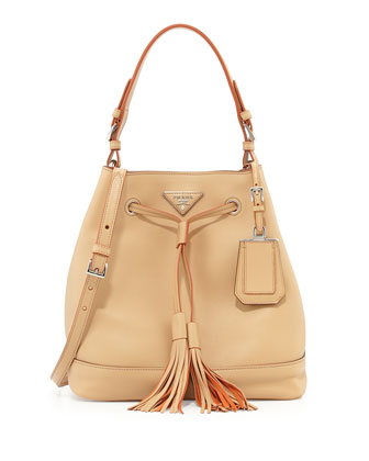 City Calf Hobo Bucket Bag, Tan (Noisette)