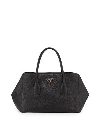 Vitello Daino Garden Tote Bag, Black (Nero)