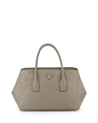 Vitello Daino Garden Tote Bag, Gray (Argilla)