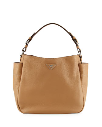 Vitello Daino Single Strap Hobo Bag, Tan (Sesamo)