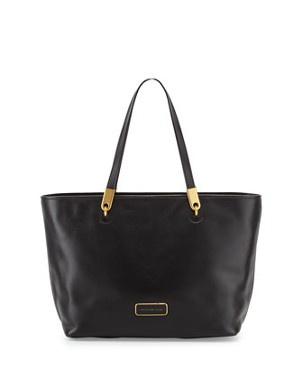 Ligero East-West Tote Bag, Black
