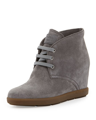 Suede Wedge Desert Boot, Ghiaia