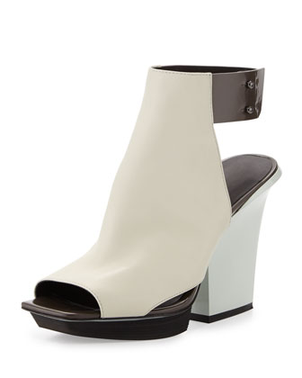 Runway Juno High-Vamp Leather Sandal, Eggshell/Dark Gray