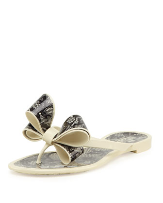 Lace-Print Bow Jelly Thong Sandal, Avorio/Nero