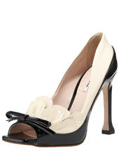 Bergdorf Goodman - Shoe Salon - New Arrivals